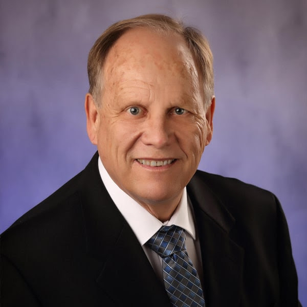 Meet Dr. Peterson - Aurora Dentist Cosmetic and Family Dentistry